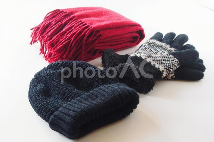 マフラーと帽子と手袋の写真