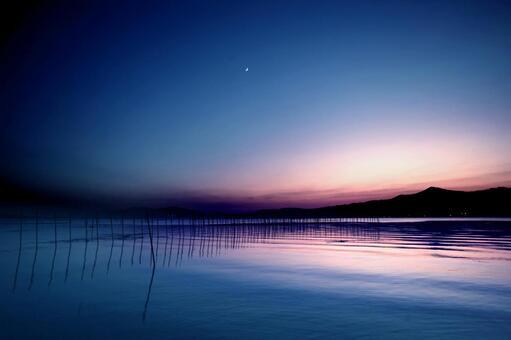 A gentle ripple
