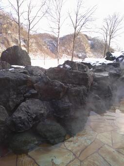 홋카이도 겨울 노천탕