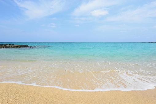 Okinawa clean sea refreshing sky