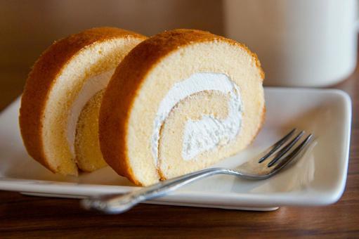 간단한 롤 케이크