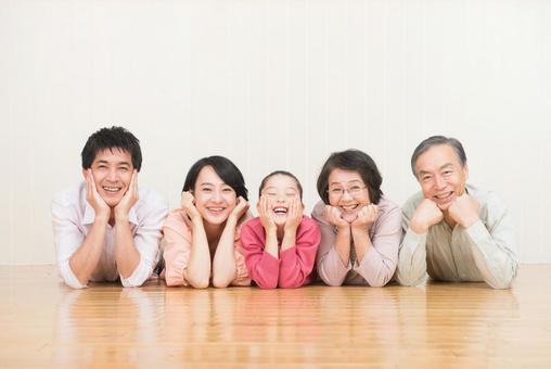 Good friend three generations family (cheeks) 5