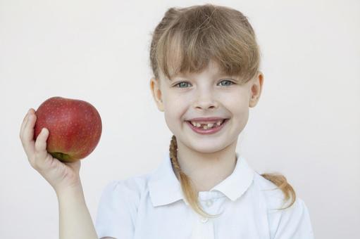 蘋果和女孩