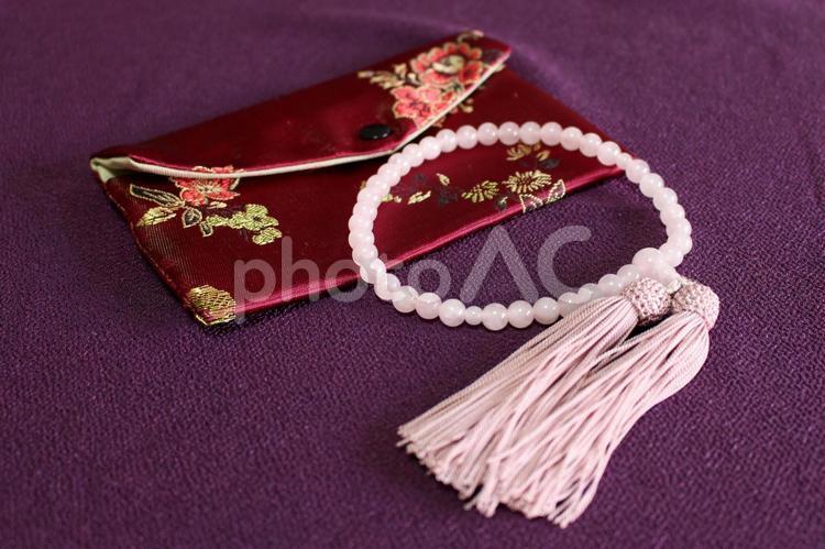 数珠袋と数珠2の写真