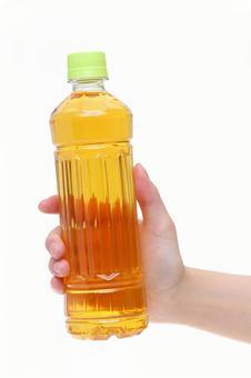 PET bottle tea