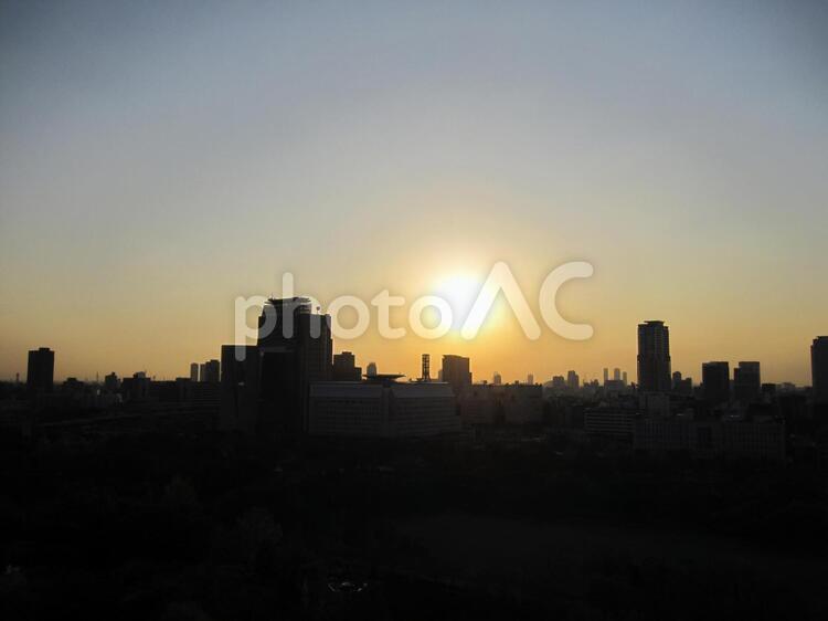 都会の夕日 大阪の写真