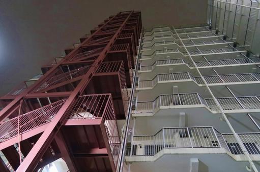 Night apartment 13