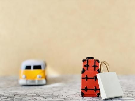 Bus accessories, red carry bag and paper bag