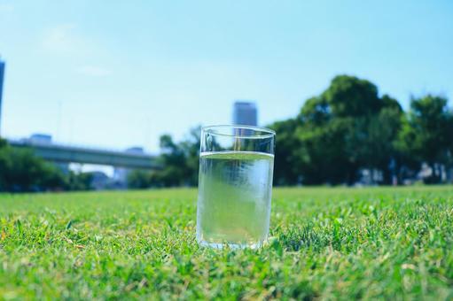 水化礦泉水