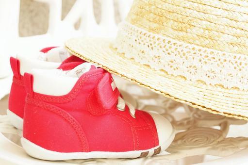 夏天的主食草帽玩具散步