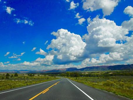 American spacious countryside wide roads