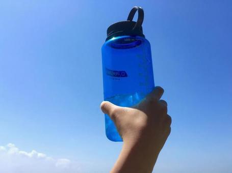 Outdoor water bottle / bottle