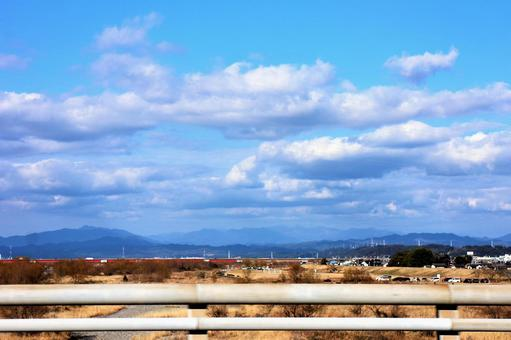 View from the bridge over the Tenryu River