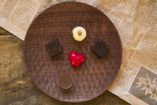Valentine chocolate _ wooden plate
