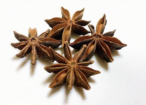 Star anise spice material