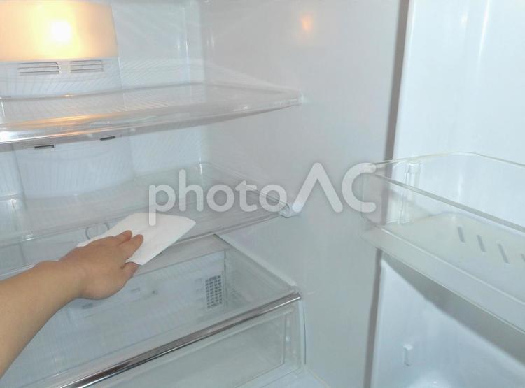 冷蔵庫の掃除 3の写真