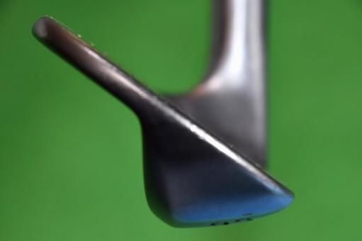 Golf club profile