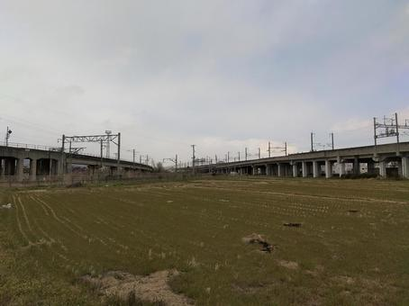 후쿠시마시 北矢野目 도호쿠 신칸센 육교의 풍경