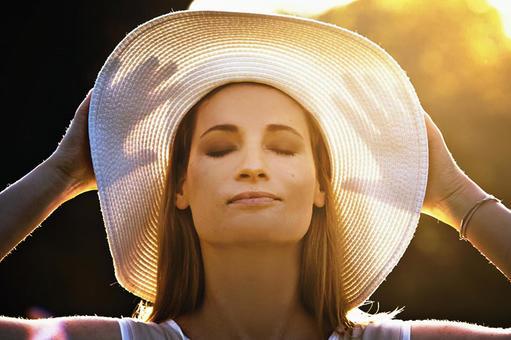 White straw hat woman 6