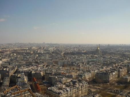 パリを上空から見た景色 3