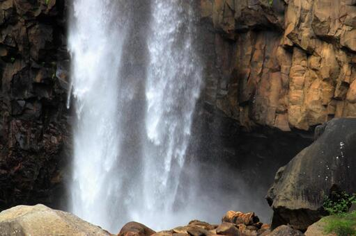 Niigata Naena Falls Waterfall