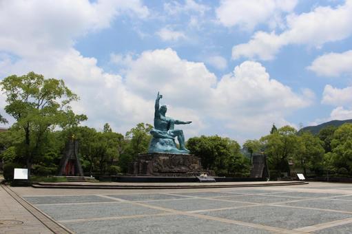 長崎縣長崎市和平紀念雕像007