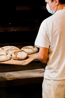 新鮮出爐的麵包2