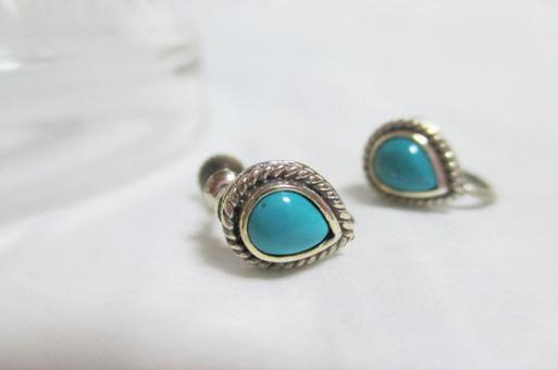 トルコ石のイヤリング
