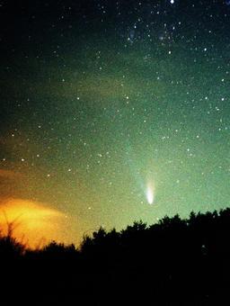 黎明時的彗星