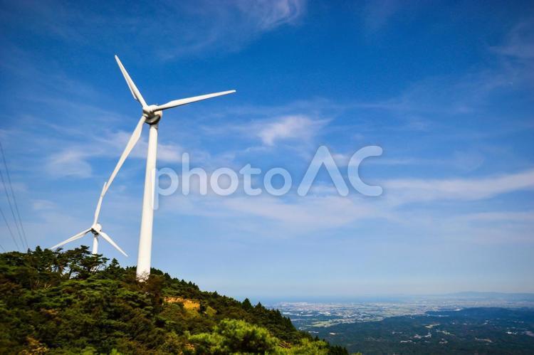 青山高原の風車の写真