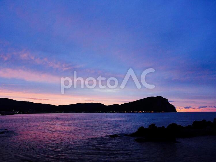 薄闇の岬の写真