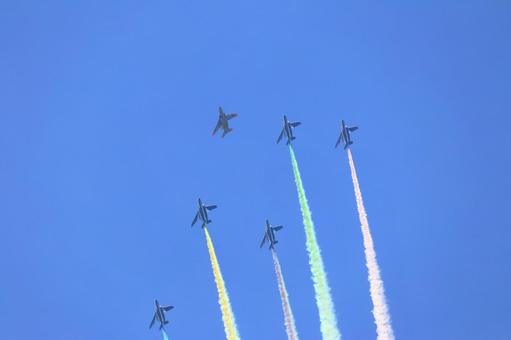 Blue Impulse on the day of the Olympic opening ceremony 2