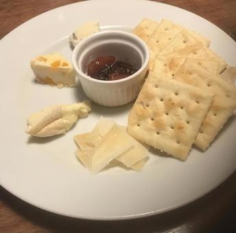 奶酪和饼干