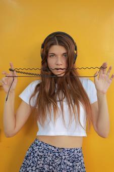Women listening to music 1
