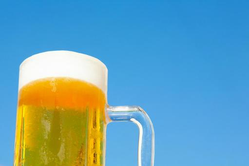 Blue sky and beer 1
