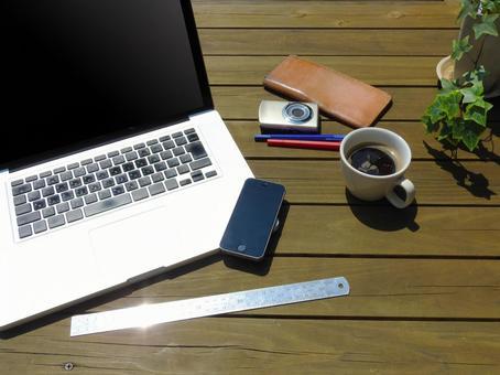 pc Smartphone camera coffee ruler pen wallet 03