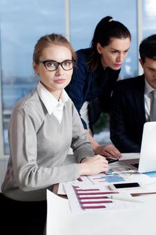 Business team to arrange meetings 5