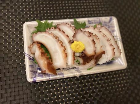 Sashimi of octopus