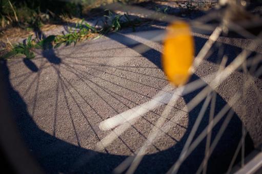 自行车3的阴影