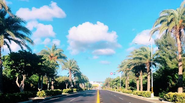Tropical resort area Mokomoko cloud