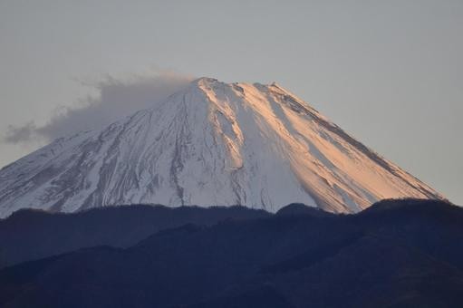 Red Mt. Fuji floating in the cold