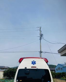 Ambulance (2)