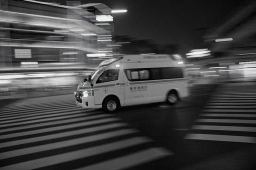 During emergency driving (1st frame) Monochrome version