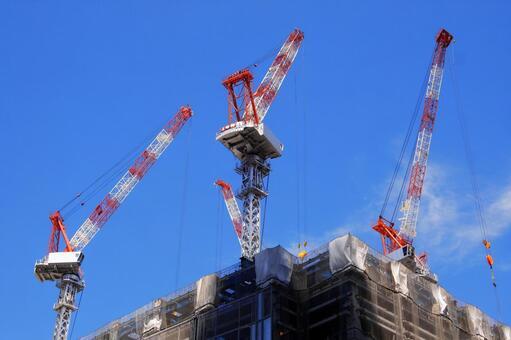 Tokyo redevelopment rush skyscraper crane