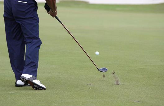Golf, fairway wood shots, moments of impact
