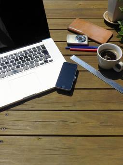 pc Smartphone camera coffee ruler pen wallet 04
