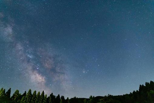 冉冉升起的銀河