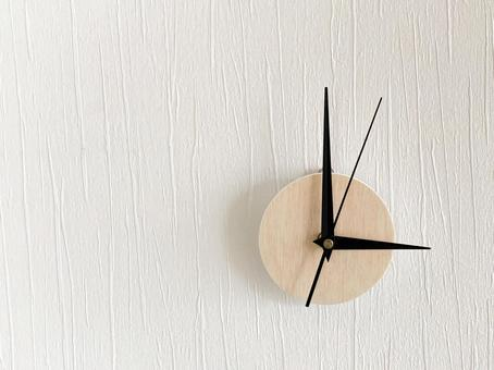 Analog clock 3 o'clock
