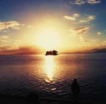 Sunset of Lake Shinji 3