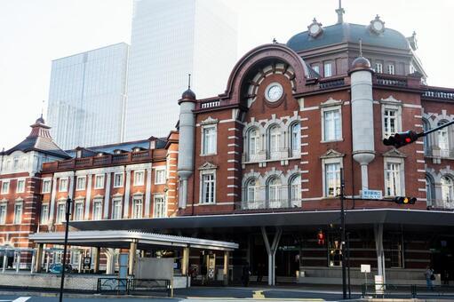 Tokyo station front
